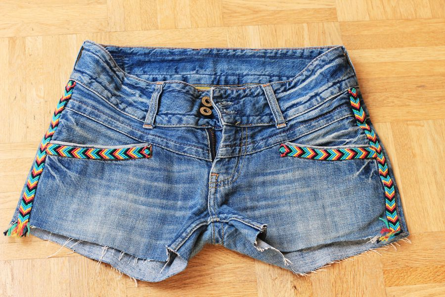 jeans_short_chevron_application