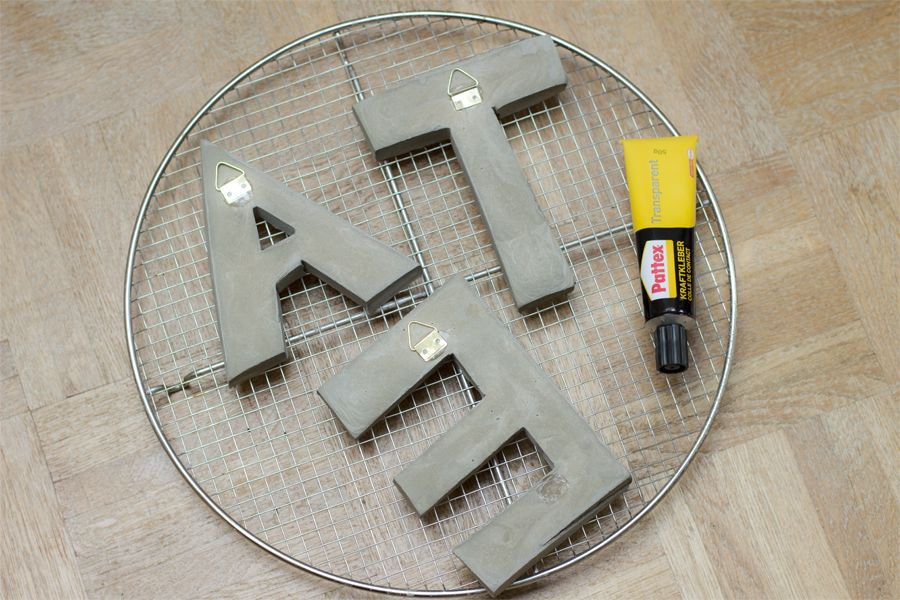 concrete_letters_hanging_thingy