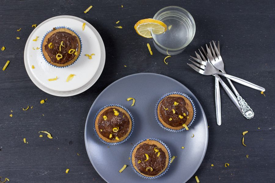 coffee-hazelnut-chocolate-cupcake-from-above