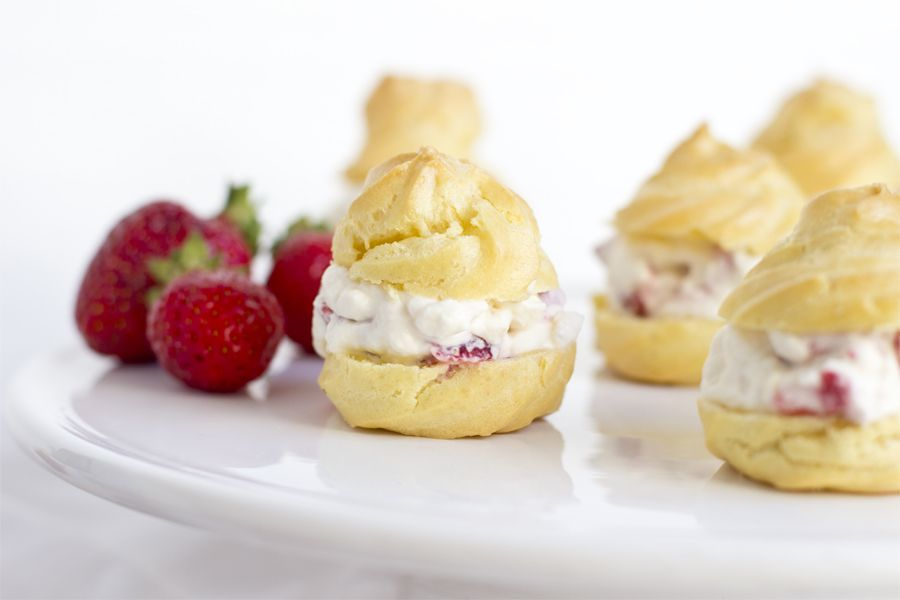 strawberry-choux-pastry-detail