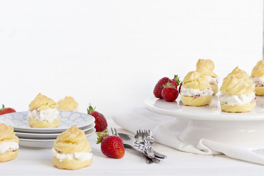 Strawberry filled choux pastry   LOOK WHAT I MADE ...