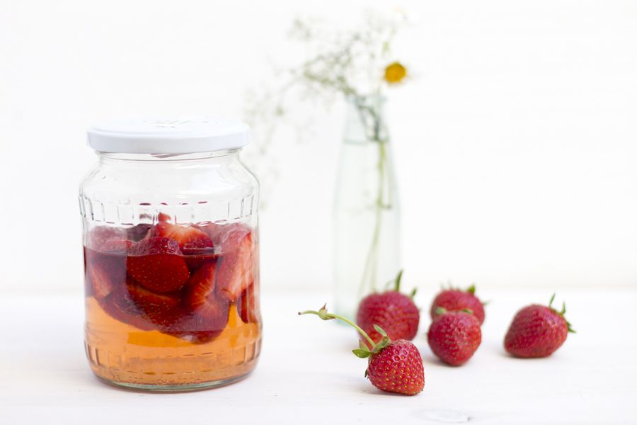 strawberry-infused-vinegar-recipe