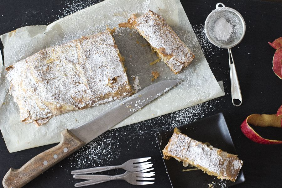 grandmas-apple-strudel-recipe
