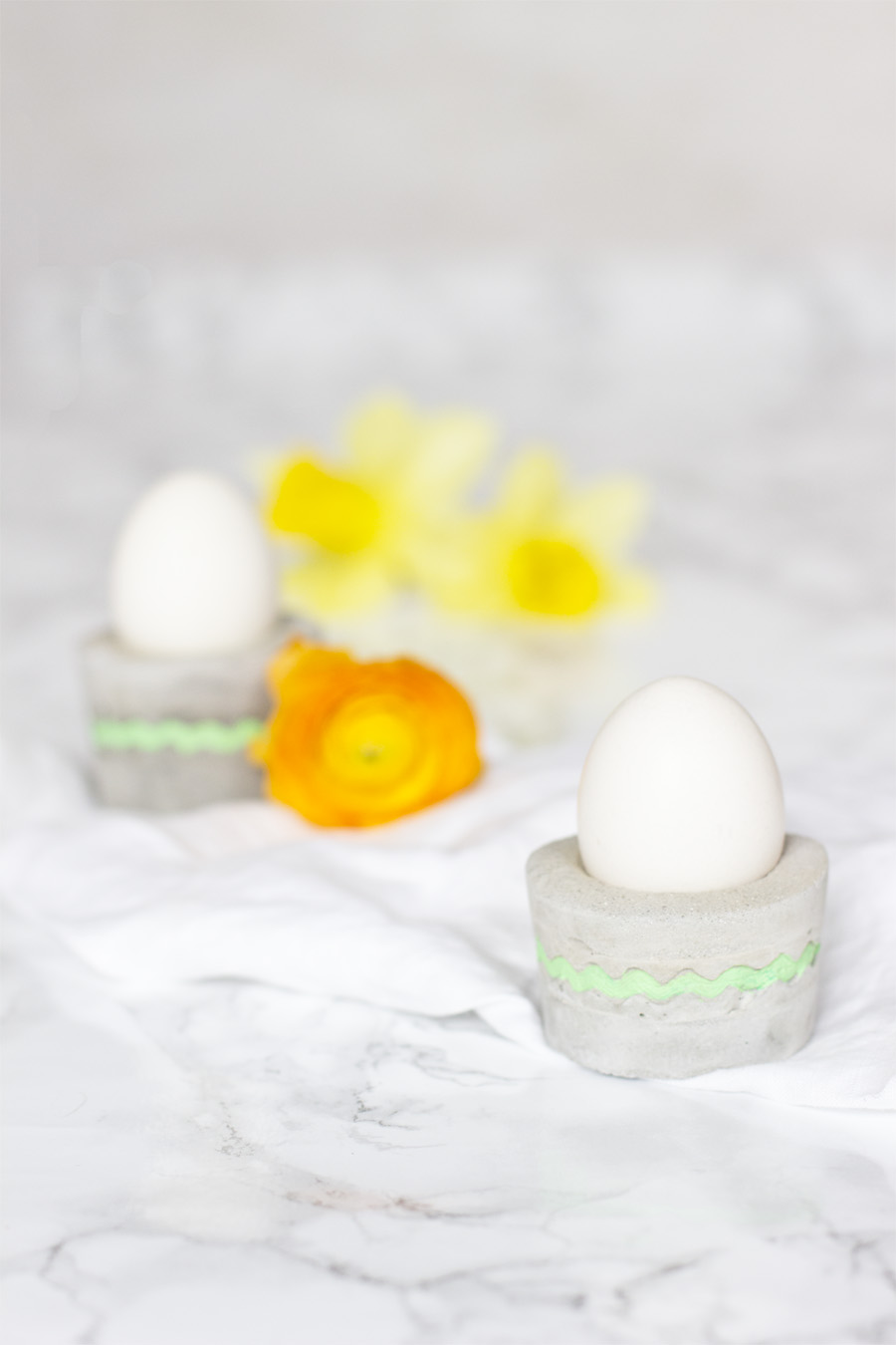 DIY concrete egg cups | LOOK WHAT I MADE ...