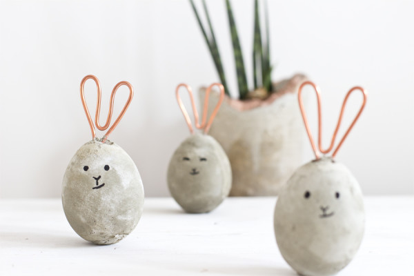 Concrete and cooper Easter decoration – idea, styling and photography