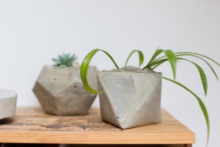 DIY-geometrical-concrete-cemente-planters