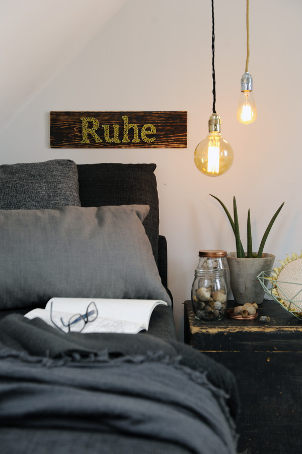 Ruhe nail art sign for Servus Magazin