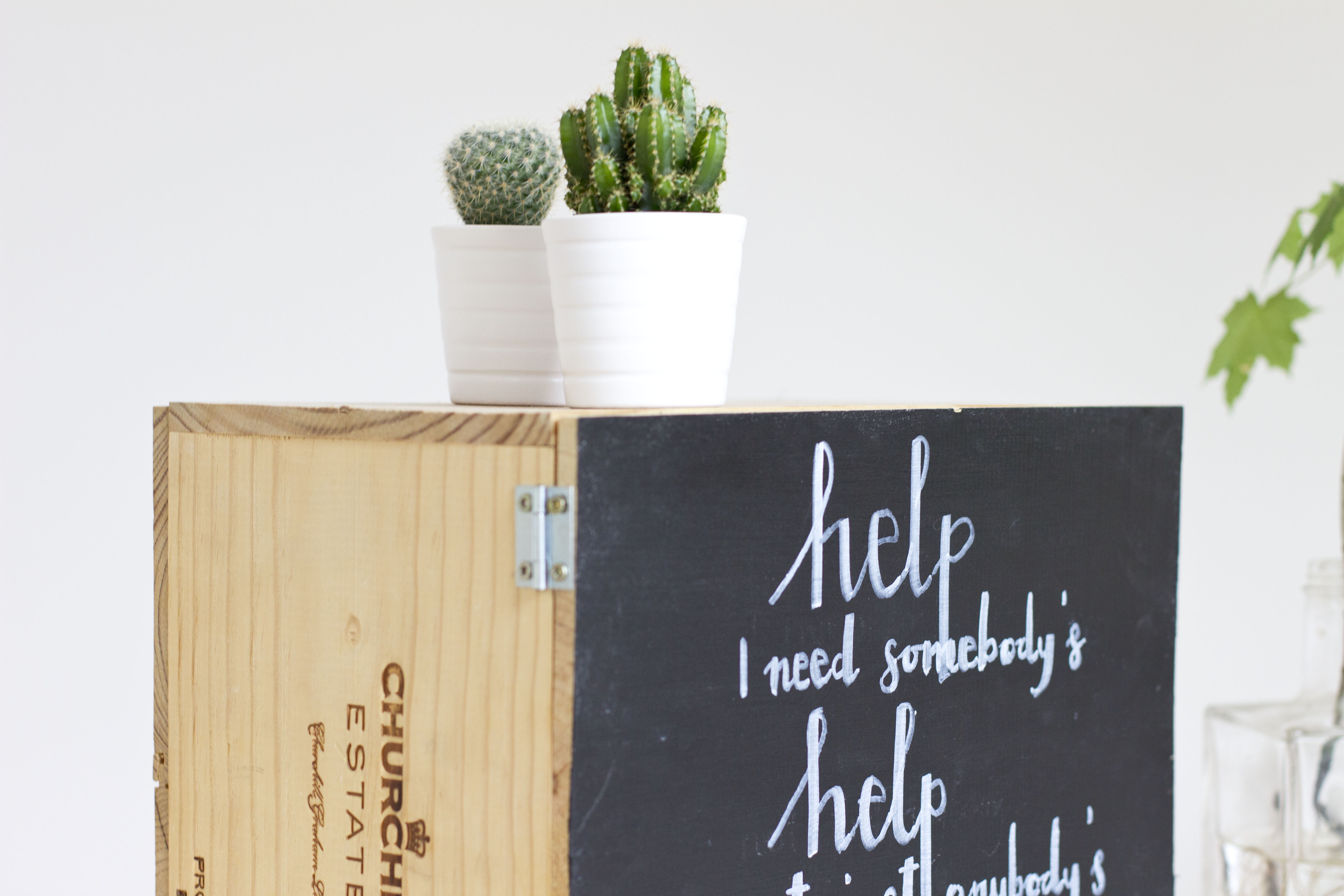 Detailed DIY tutorial for a upcycled wine box | LOOK WHAT I MADE ...