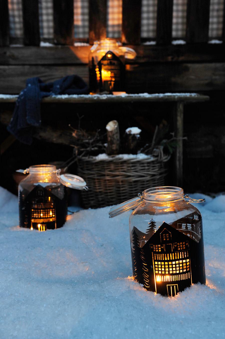 DIY-silhouette-lantern-mason-jar-snow