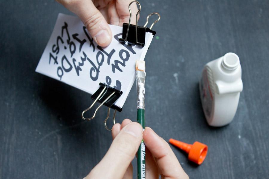 DIY-todo-list-wood-glue-tutorial