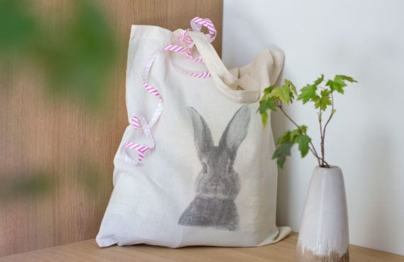 DIY printed bag for Easter (with video tutorial)