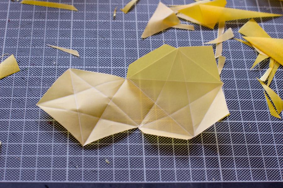 Origami-stars-folding