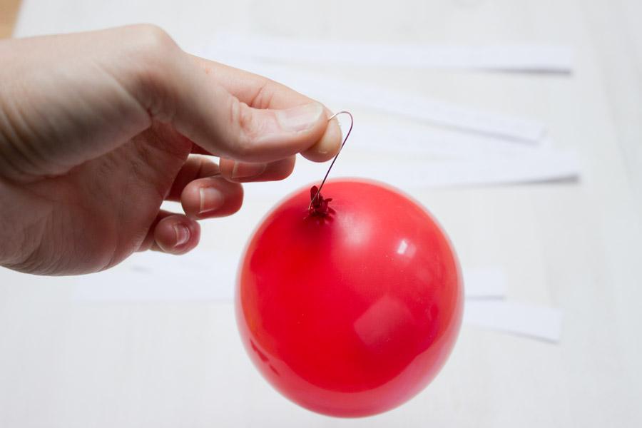balloon-advent-calendar-hanger