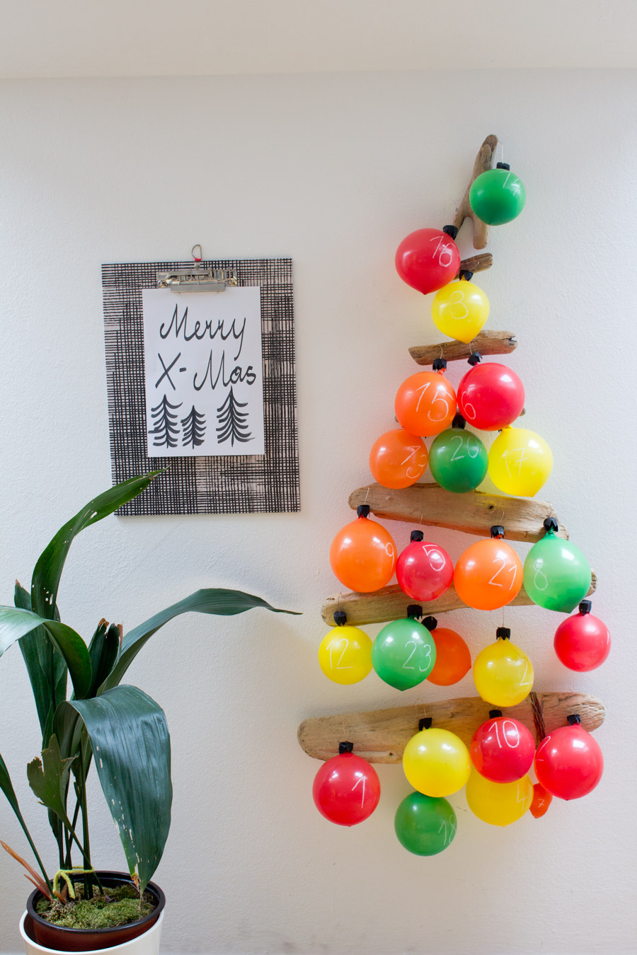 Balloon Advent Calendar Tree