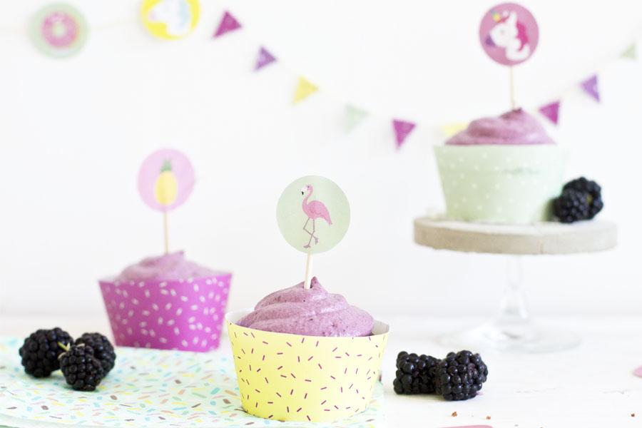 Blackberry cacao cupcakes