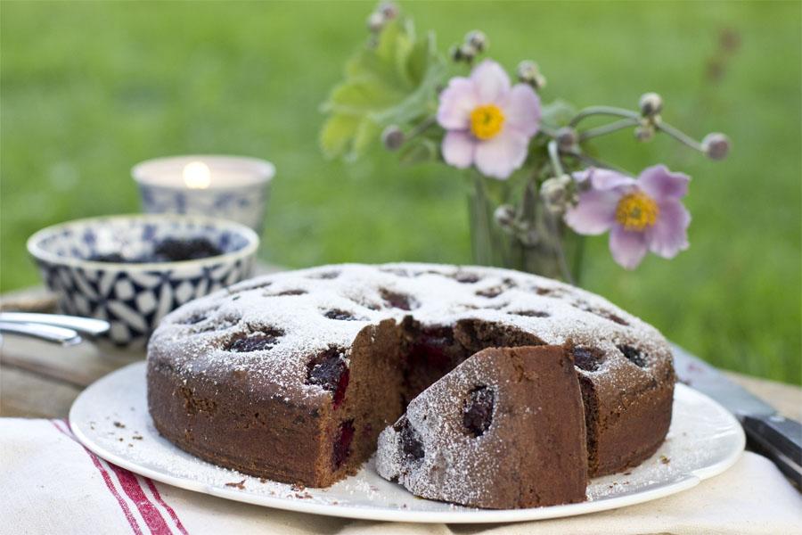 Blackberry chocolate cake recipe | LOOK WHAT I MADE ...