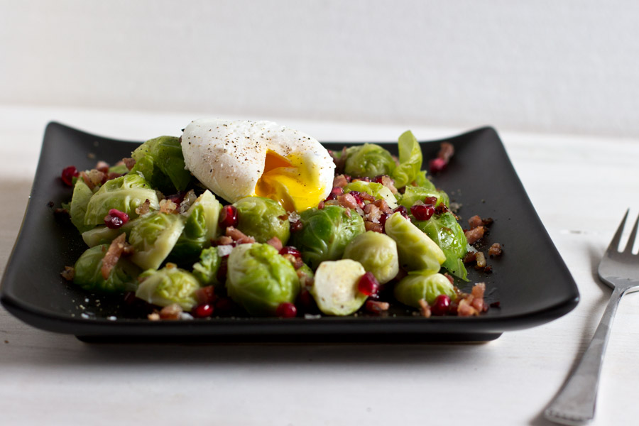 brussel-sprouts-bacon-egg-benedict-lunch-recipe