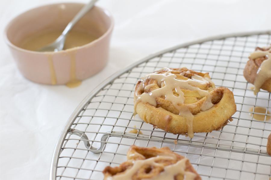 Cinnamon rolls with Espresso glazing recipe | LOOK WHAT I MADE ...