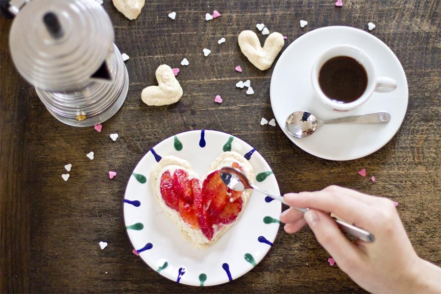 Valentine's Day dessert idea: Coffee meringue with blood oranges | LOOK WHAT I MADE ...
