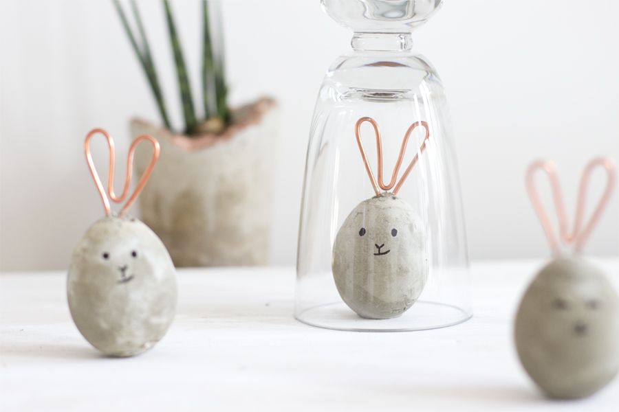 DIY copper and concrete Easter bunnies | LOOK WHAT I MADE ...