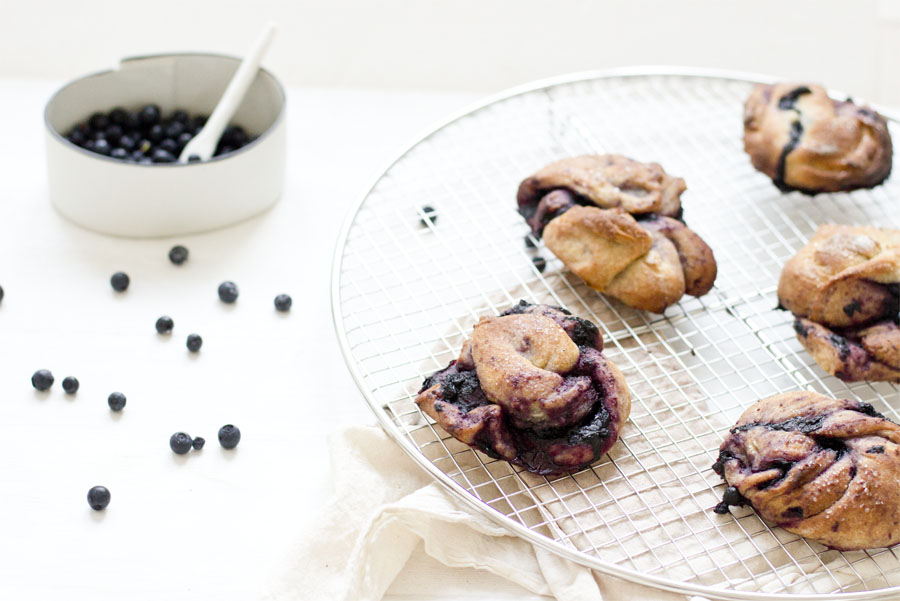 Blueberry saffron bun knots