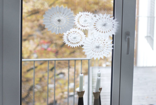 DIY paper snowflake | LOOK WHAT I MADE ...