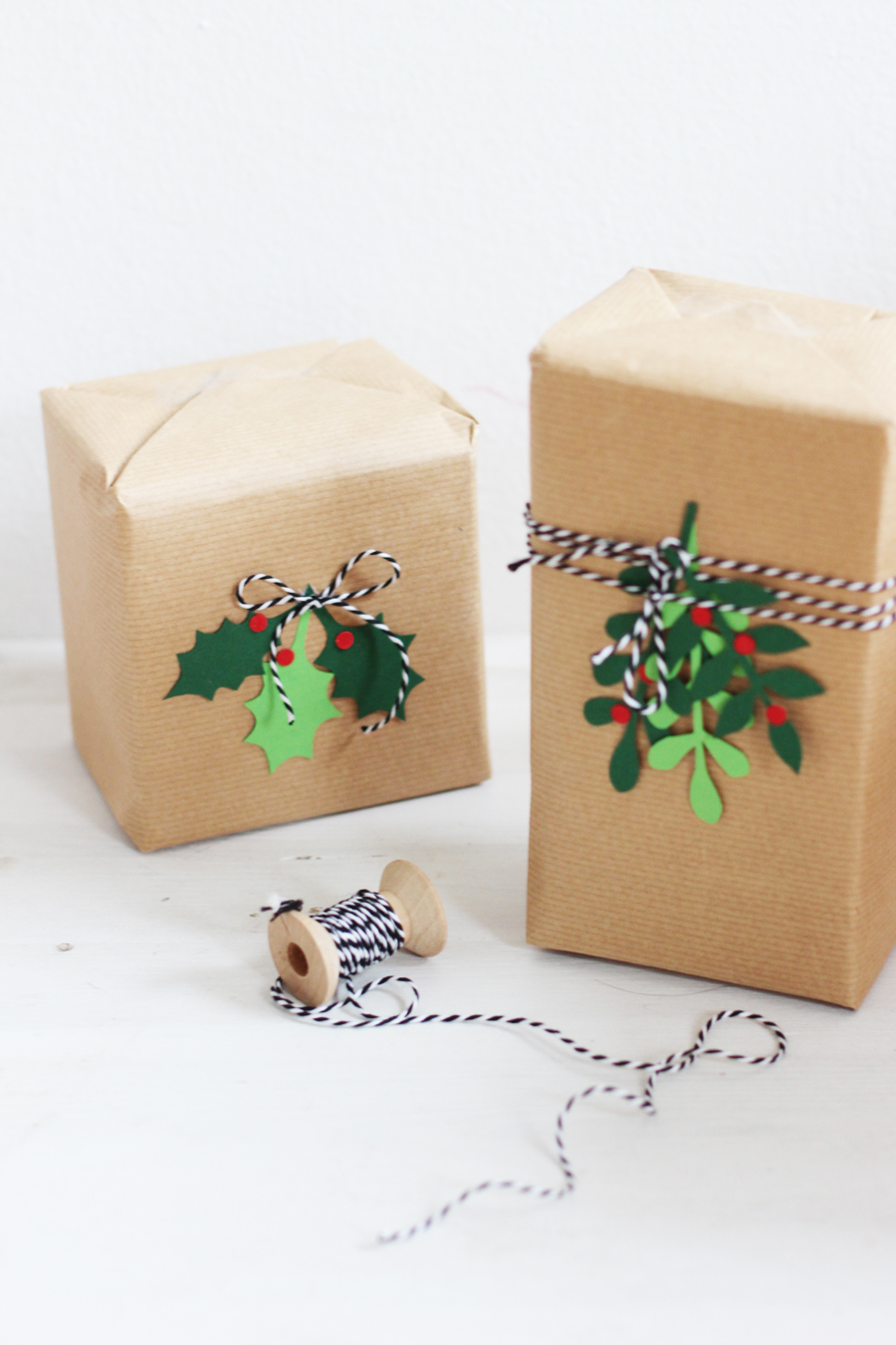 DIY paper Christmas packaging (with free template) | LOOK WHAT I MADE ...