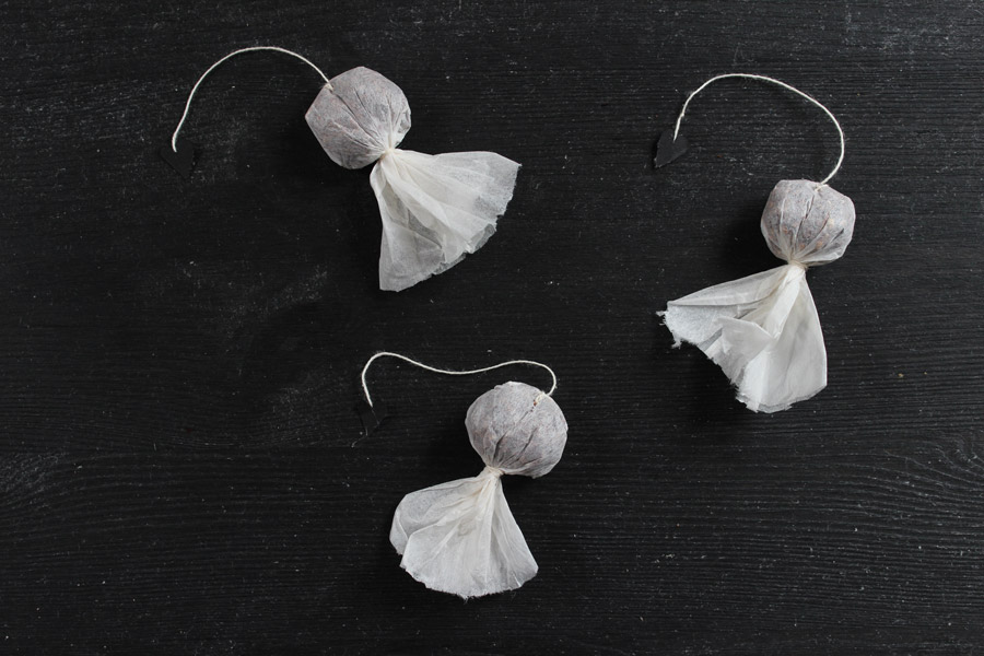 diy-halloween-ghost-teabag-done