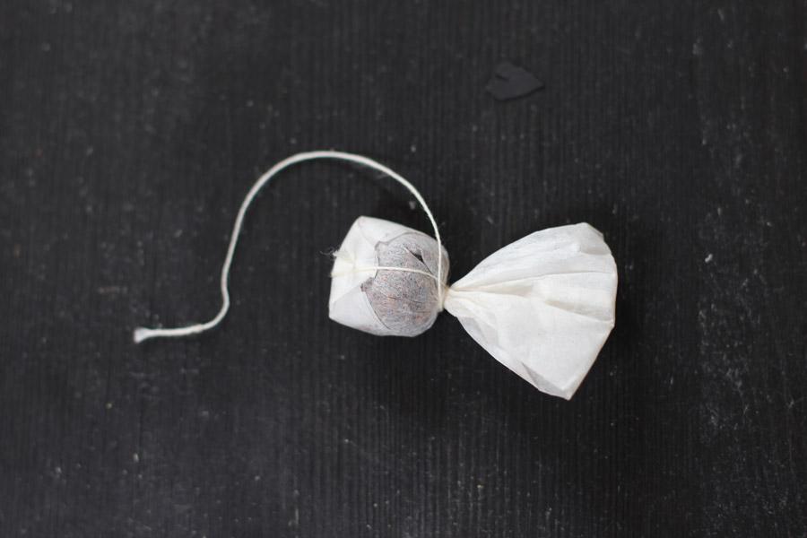 diy-halloween-ghost-teabag-step2