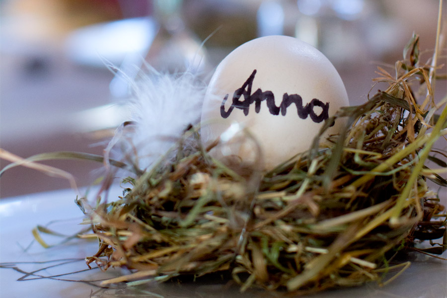 Easter egg place card hay nest tutorial