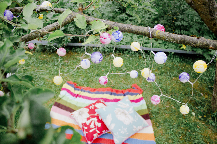 DIY colorful outdoor fairy chain light | LOOK WHAT I MADE ...