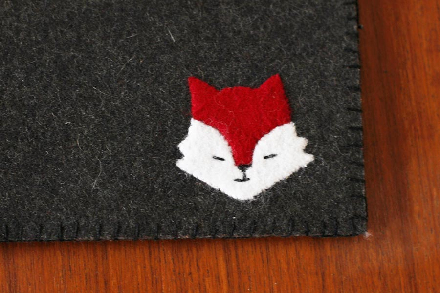 felt-fox-ipad-sleeve-diy