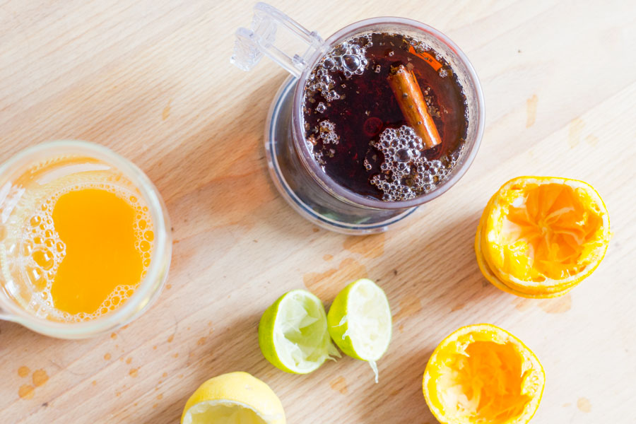 fresh-iced-tea-in-the-making