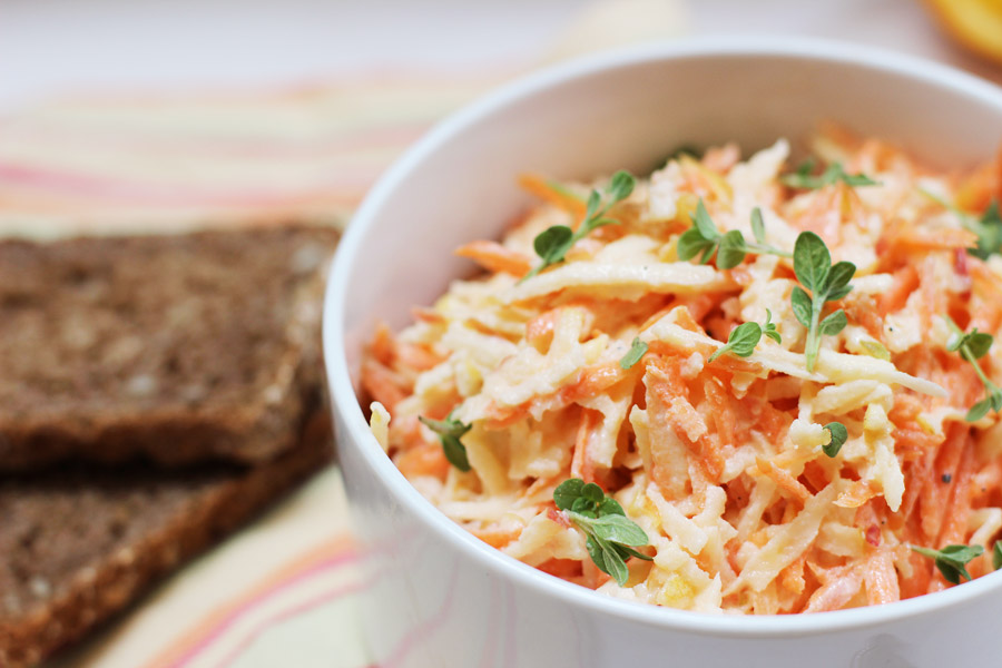 healthy-home-office-lunch-carrot-apple-salad-recipe