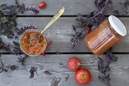 Homemade canned tomato sauce recipe | LOOK WHAT I MADE ...