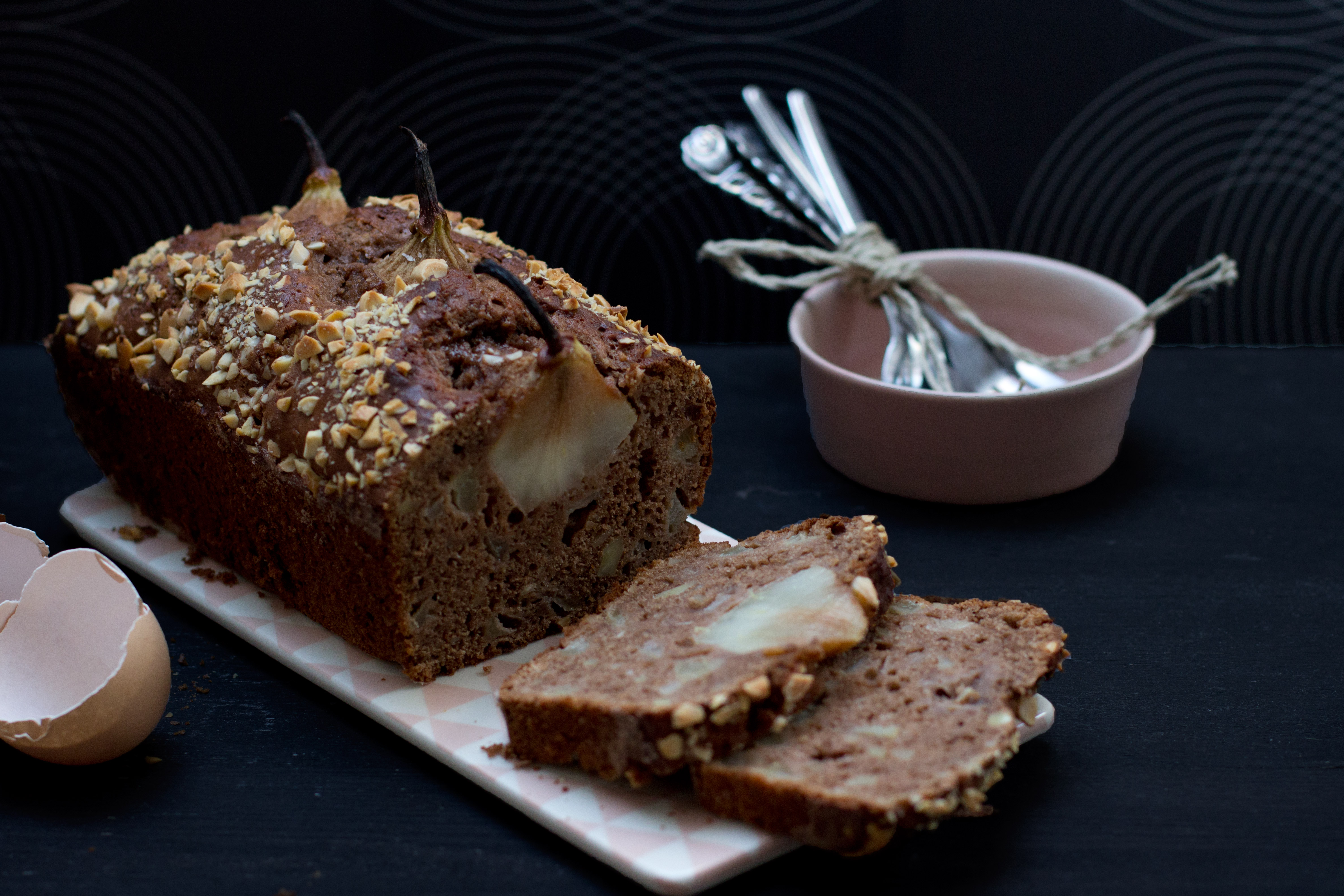 juicy-pear-almond-cake