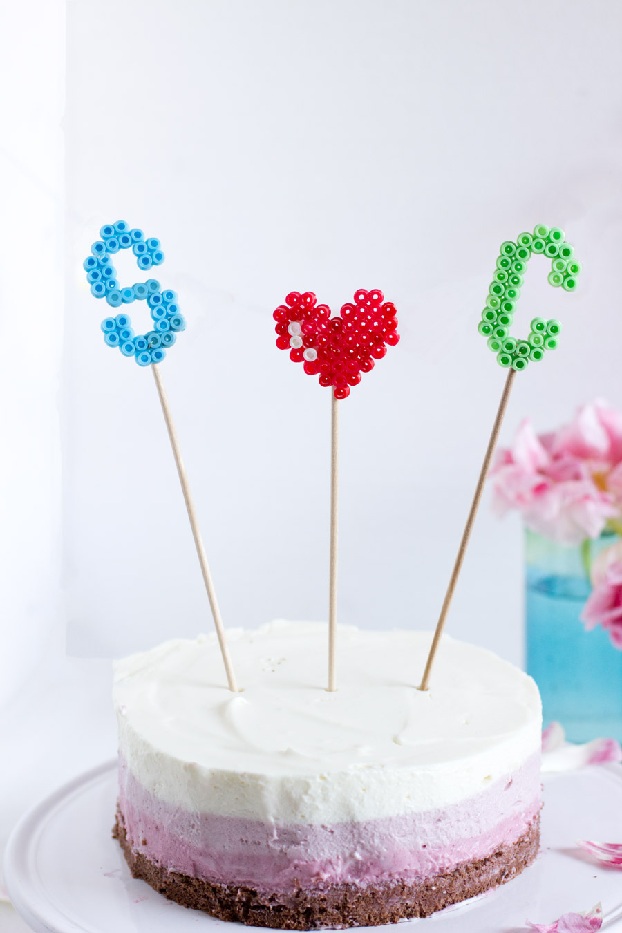 love-themed-ironing-beads-cake-toppers
