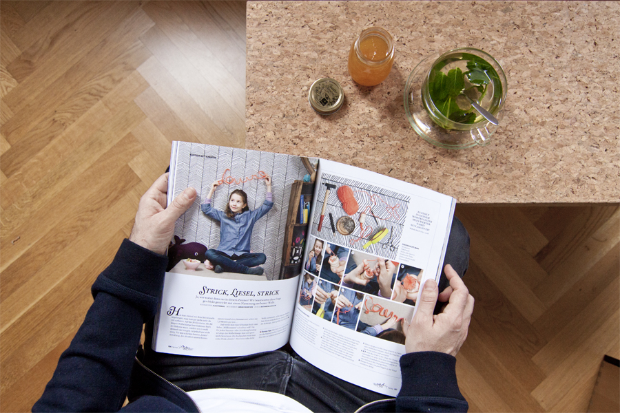 Servus Magazin Styling: Knitting Jenny name display