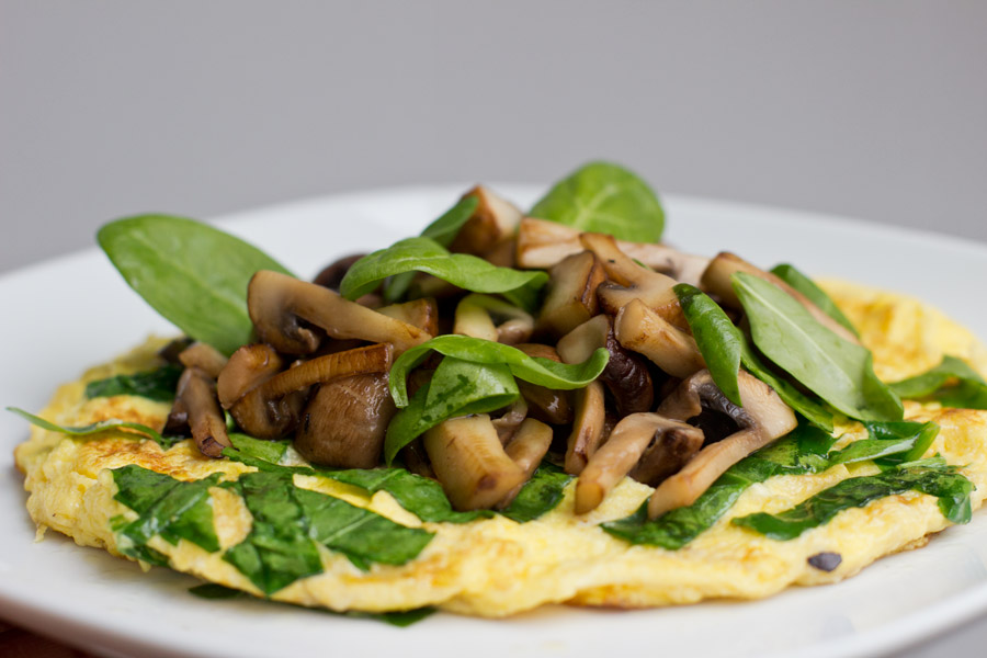 mushroom-spinach-omelette-lunch-recipe