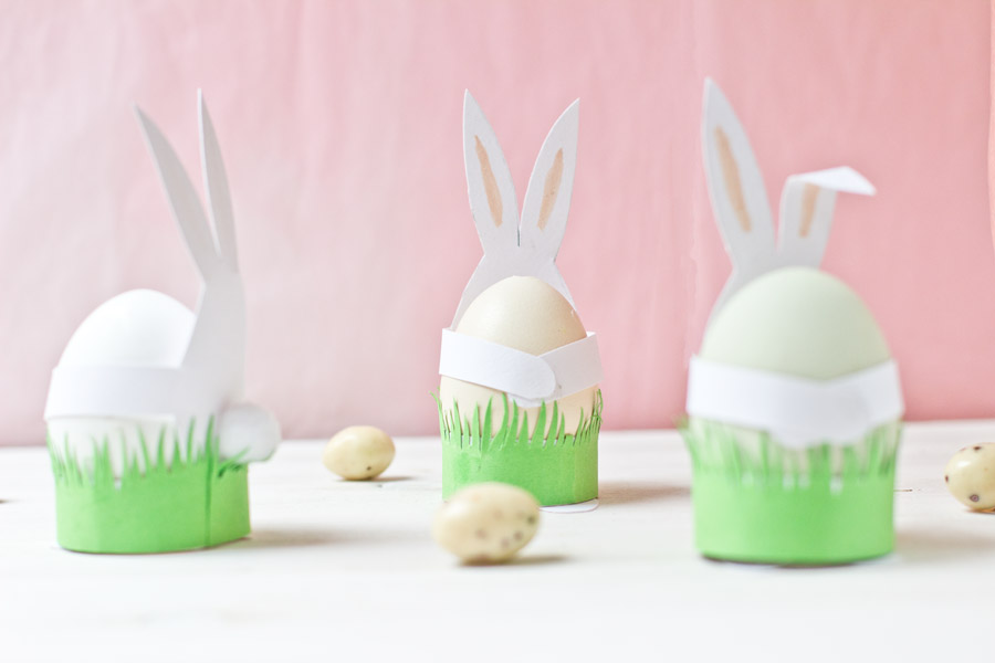 Paper Easter bunnies table decoration