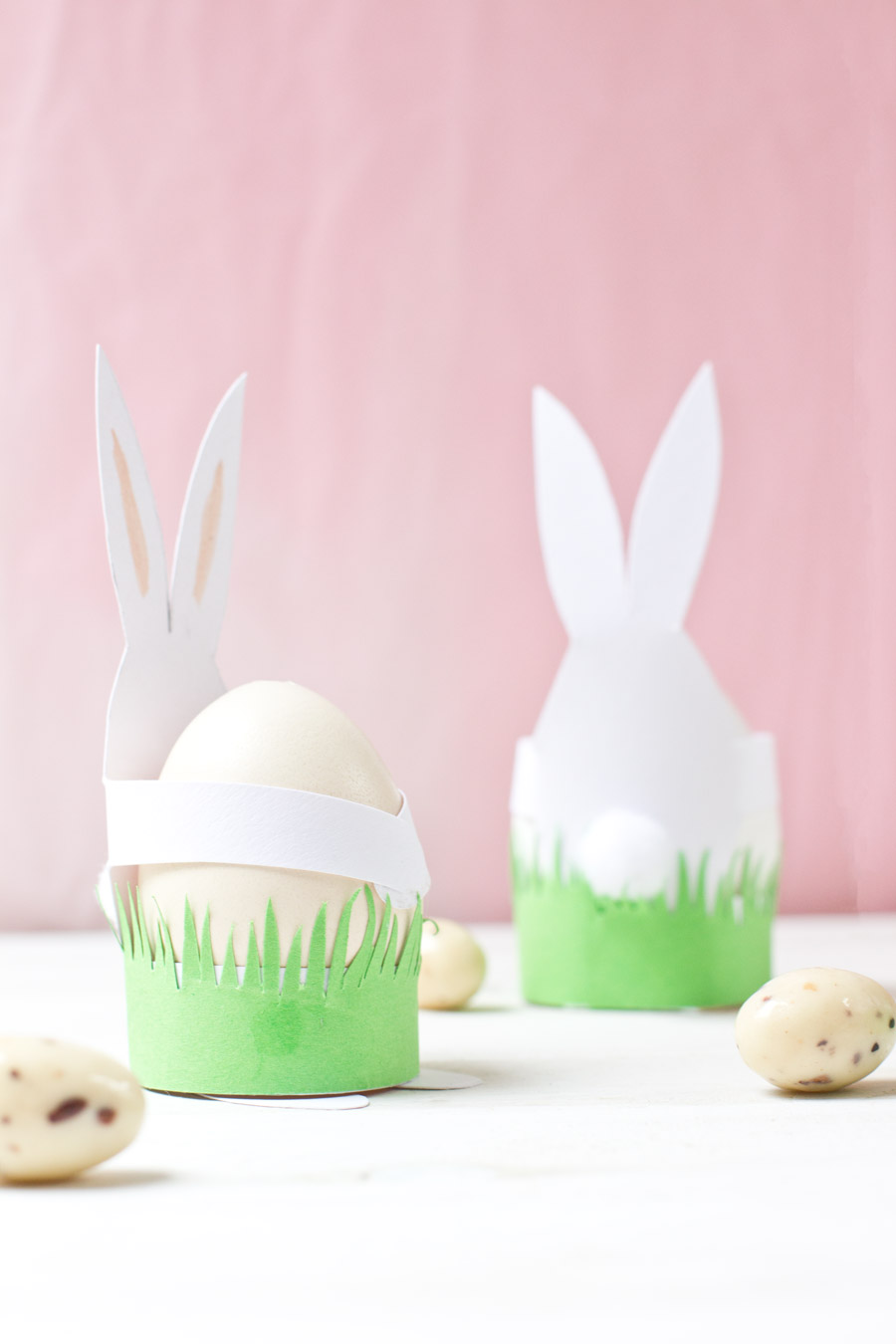 Easter rabbit table decoration