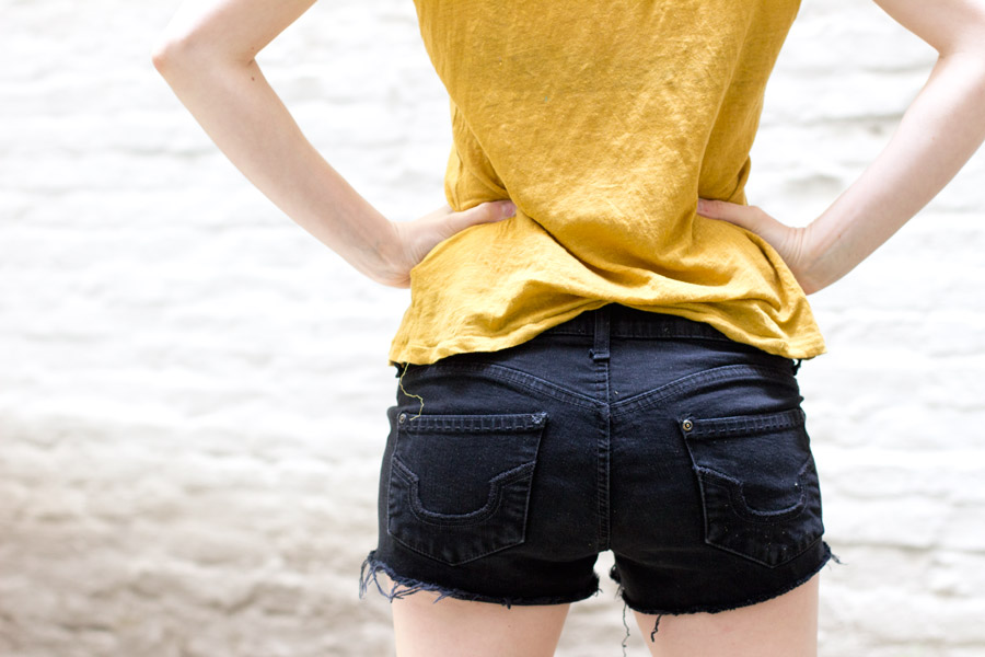 perfect-diy-jeans-shorts-back