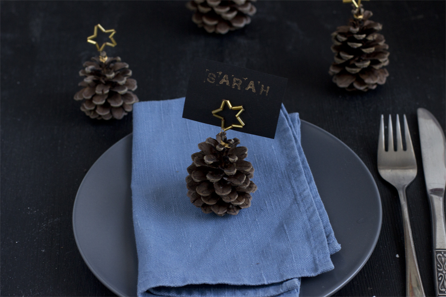Pine cone place cards DIY