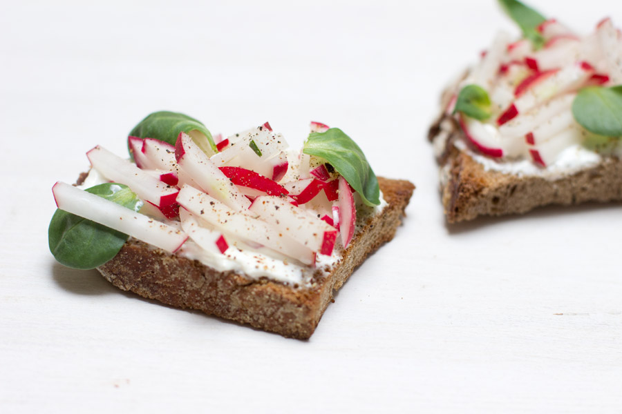 radish garnished bread healthy office lunch