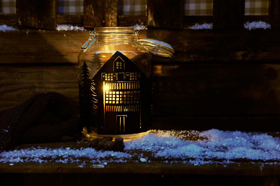 silhouette-lantern-christmas