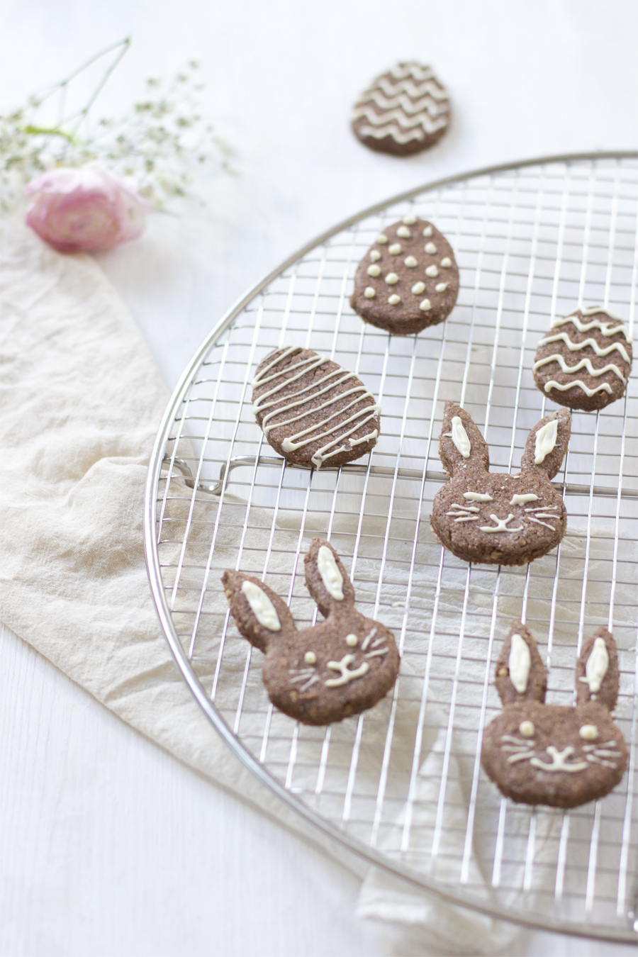 Spiced cacao easter cookies | LOOK WHAT I MADE ...