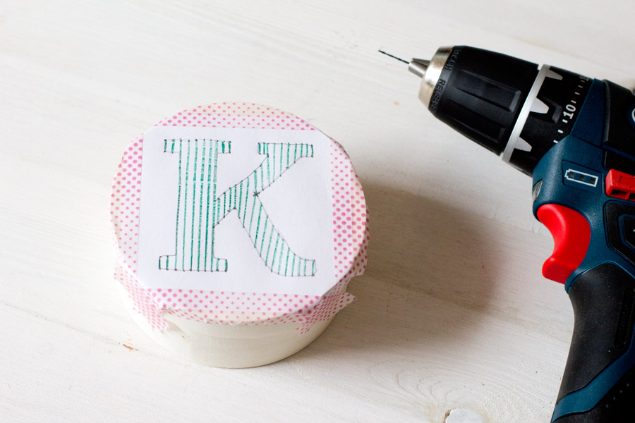 Make yourself a typography inspired wooden box with an initial that means something as a gift wrapping or storage box! Full tutorial with lots of pictures on the blog.