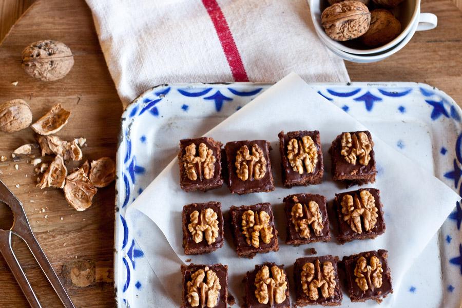 Walnut chocolate bread christmas cookies recipe