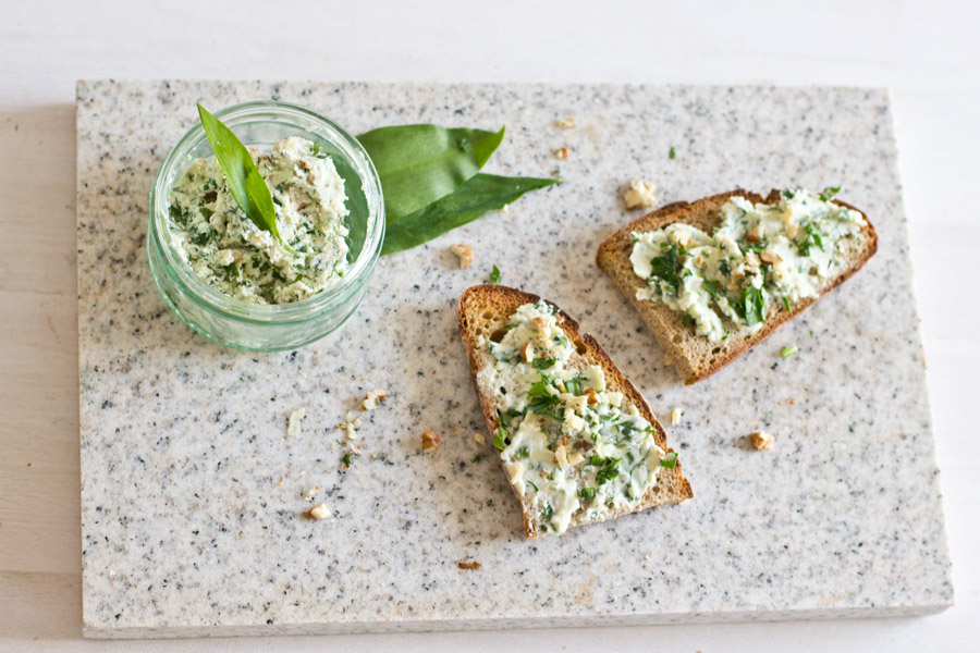 wild garlic sandwich lunch recipe